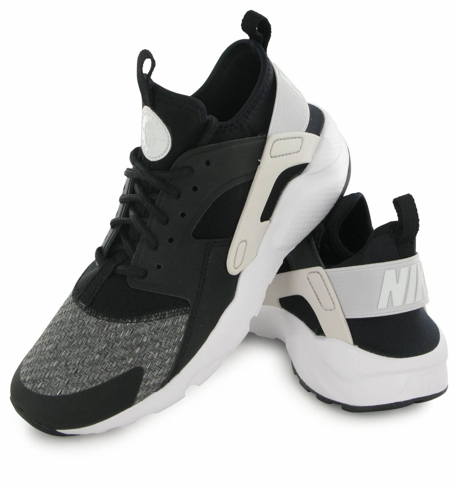 meet dc443 ddae6 Nike Air Huarache Run Ultra Se Junior Noir   Gris   Blanc. Zoom