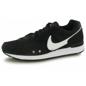 Nike Venture Runner Noir / Blanc